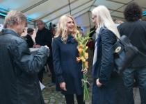Grete Kodile on lilled ulatanud Kristel Lõuk välisministeeriumist