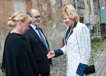 Vasakult: Carola Sundström, Berth Sundström ja Merle Kuusk