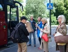 Nordbuss viis õnnelikult arvamusfestivalile.