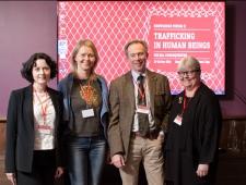 Vasakult: Lāsma Stabiņa, Daina Mežeka, Jan Widberg, Carita Peltonen