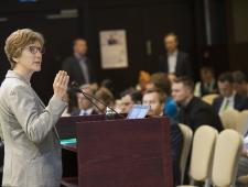Dr. Ute Collier, Rahvusvahelise Energiaagentuuri taastuvenergia talituse vanemprogrammijuht