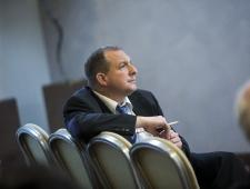 Dirk Hendricks, Euroopa Taastuvenergiate Föderatsiooni vanempoliitikaametnik