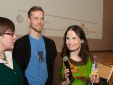Seita Vuorela, kirjanik (paremal) ja Jani Ikonen, illustraator, Põhjamaade Nõukogu laste- ja noortekirjanduse auhind 2013 laureaadid