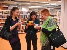 Kohtumine kirjanik Ulla-Lena Lundbergiga Keilas, 13.11.2013