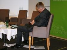 Moderaator Tom Heap, keskkonnaajakirjanik, BBC
