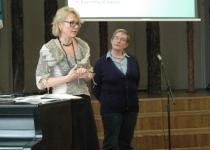 Helena Ruuska (vasakul)