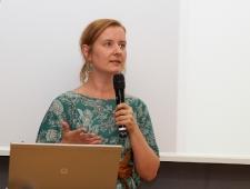 Jenni Emilia Koistinen, Uue Tantsu Keskus Zodiak; koreograaf, tantsija ja tantsuõpetaja