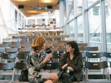 Fotograaf Nicole Miquel ERR-ile intervjuud andmas