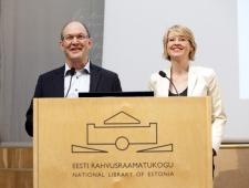 Berth Sundström, Põhjamaade Ministrite Nõukogu Eesti esinduse direktor ja Anna Enemark, Põhjamaade Ministrite Nõukogu, vanemametnik