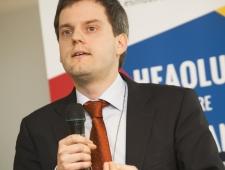 Simon Müller, energiaanalüütik, Rahvusvaheline Energiaagentuur