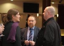 Dorthe Elise Svinth (vasakult), Arne Grove ja Bo Harald Tillberg (PMNi Leedu esinduse juht)