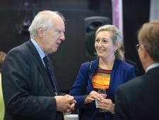 Rootsi suursaadik Anders Ljunggren, Soome aukonsul Larissa Šabunova.