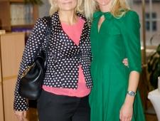 Eva Leemet, Loov Eesti juht (vasakul) ja Grete Kodi Põhjamaade Ministrite Nõukogu Eesti esindusest